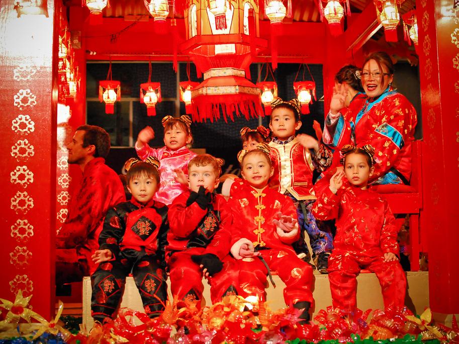 Ảnh trẻ em trong dịp Tết cổ truyền của Trung Quốc