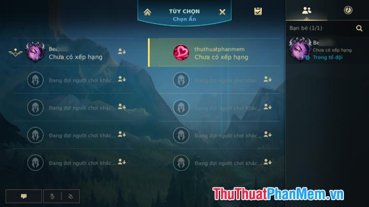 Bạn có thể thêm bot hoặc đổi đội chơi và tham gia trận đấu cùng bạn bè