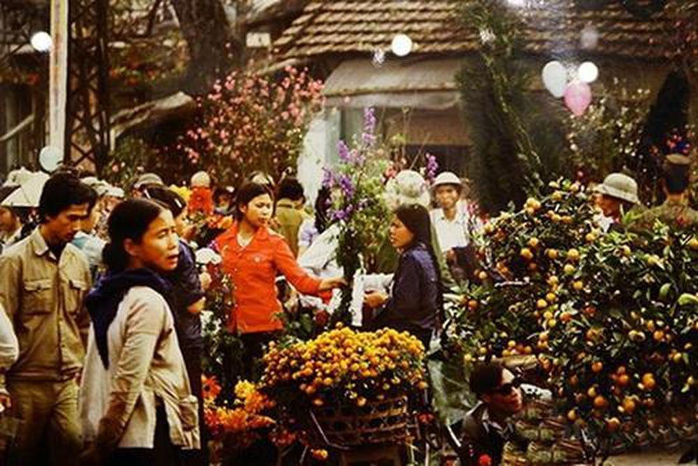 Hình ảnh Chợ Tết Hà Nội qua lăng kính xưa