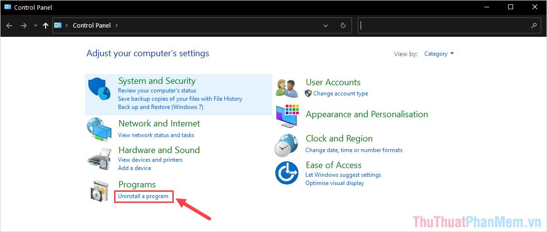 Khi cửa sổ Control Panel xuất hiện, các bạn chọn mục Uninstall a program