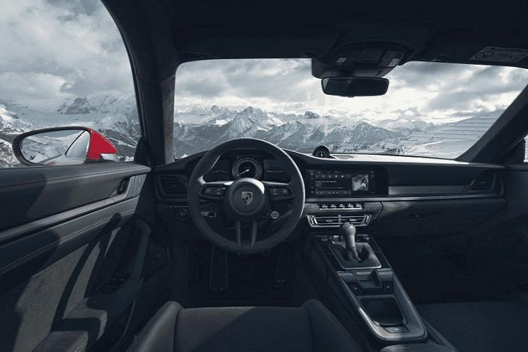 Porsche 911 GTS 2022 giam toi 25kg nho goi do Lightweight Design-Hinh-3
