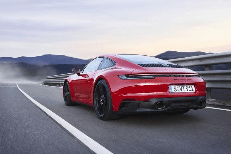 Porsche 911 GTS 2022 giam toi 25kg nho goi do Lightweight Design-Hinh-5