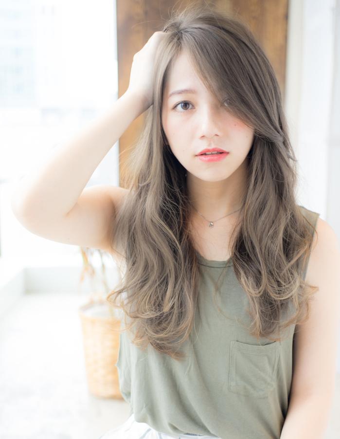 Tóc dài xoăn nhẹ
