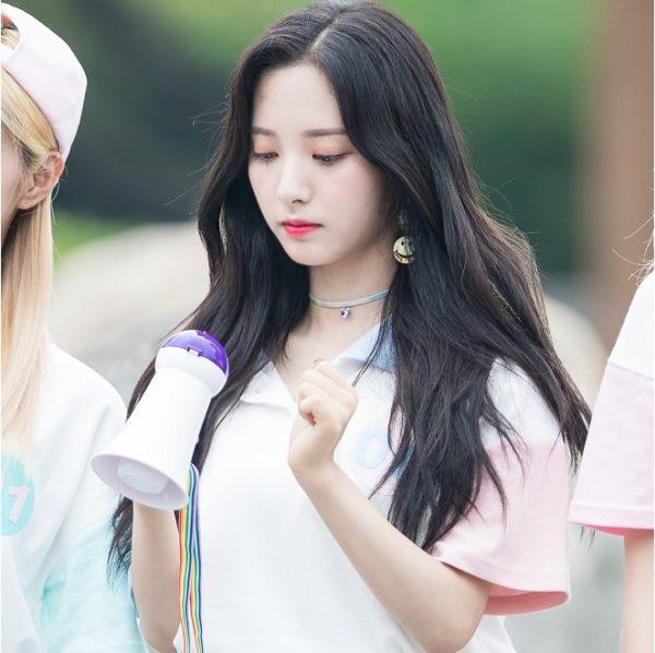 Tóc xoăn nhẹ tự nhiên kiểu Hàn Quốc