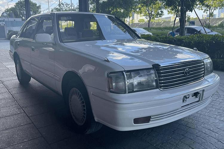 "Toyota Crown ""Bo truong"" chay 20 nam, ban 900 trieu tai Viet Nam-Hinh-12"