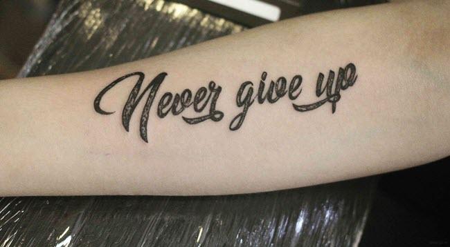 hình xăm chữ never give up đẹp