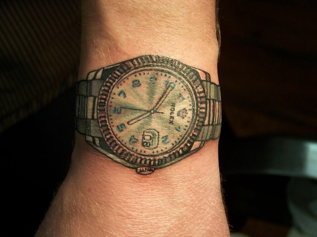 Hình xăm đồng hồ Rolex ở cổ tay đẹp