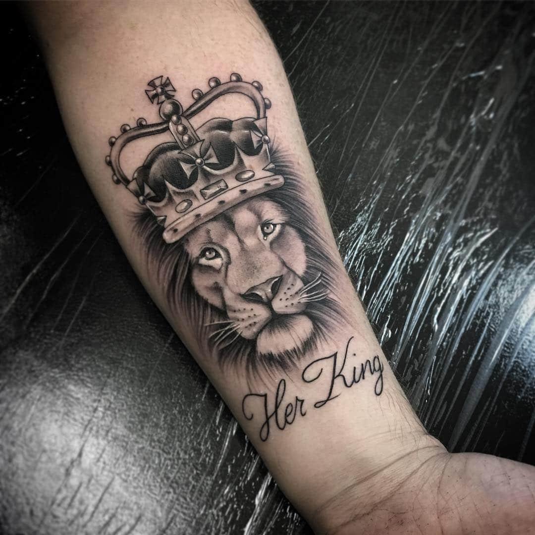 Hình xăm sư tử vương miện