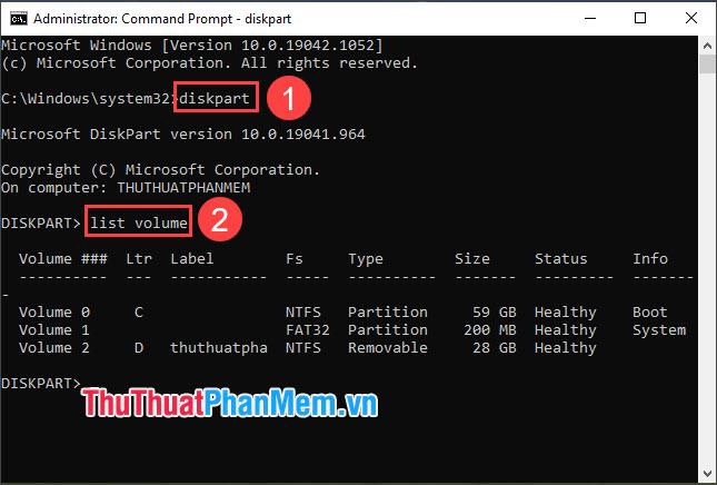 Nhập lệnh diskpart và nhập lệnh list volume